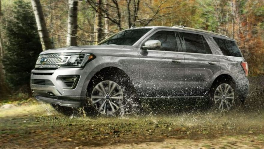 2020 Ford Expedition Review: For Big Trips, Big Families, Big Budgets